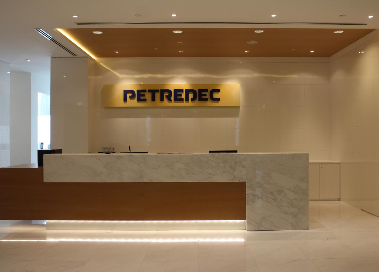 Commercial office interior design company in singapore for Commercial design companies
